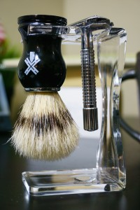 Brush and razor in the included stand.